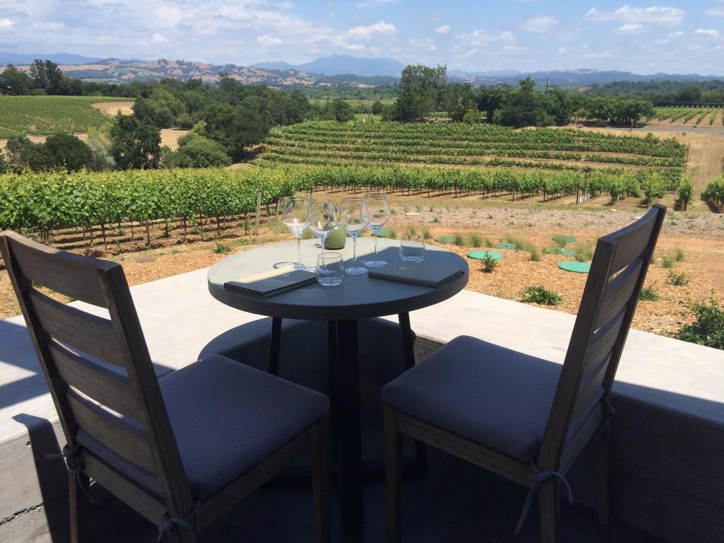 macrostie-patio-wineroad