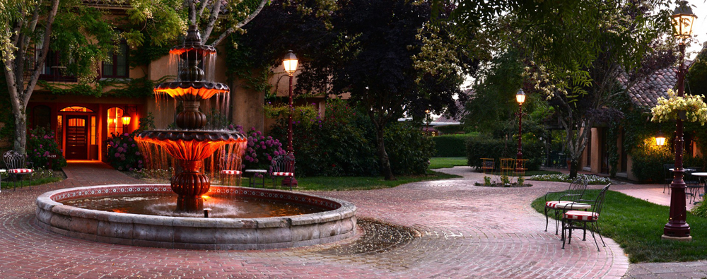 One of many inviting settings at the Vintners Inn.